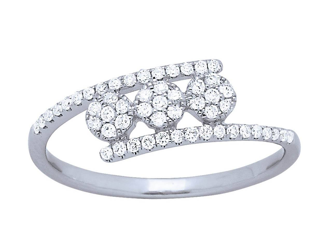 Bague trilogie tout sertie diamants, Or gris, diamants 0,22 ct, doigt 56